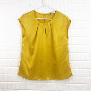 KASPER yellow satin short sleeve blouse